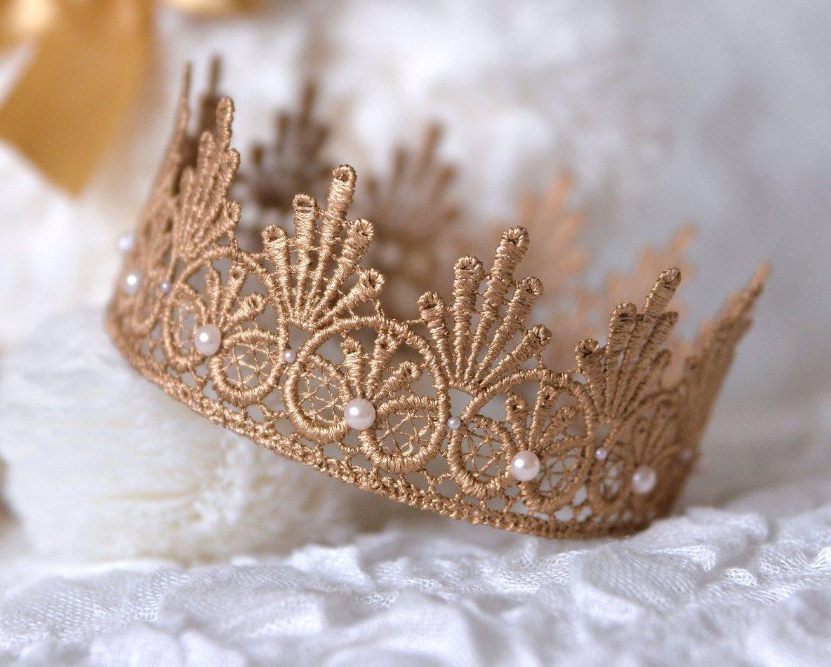 Как сделать корону из кружев