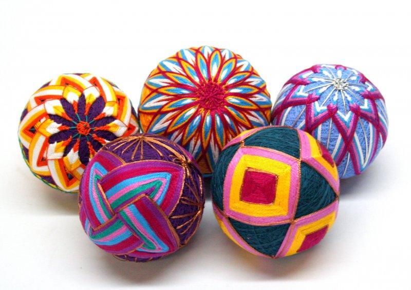 Вышивка шариков темари 26